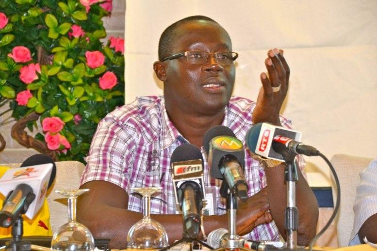 « La démocratie a parlé », selon Augustin Senghor sur la défaite de Hayatou