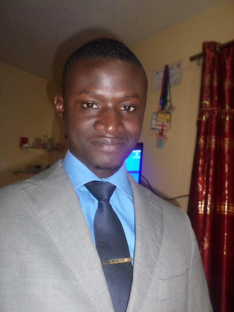 Moussa Touré du Grand Parti déverse sa bile sur Dame Seck qui a transhumé