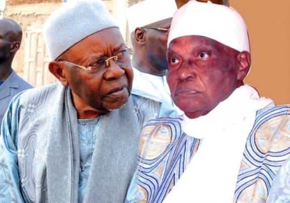 "Wade pleure son ""frère et ami Cheikh Ahmed Tidiane Sy"""
