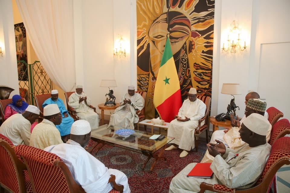 Macky Sall a reçu en audience des responsables de 9 associations islamiques