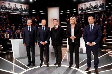 Le Grand Débat sur TF1: Fillon, Macron et Le Pen regrettent que les 11 candidats n'aient pas été invités