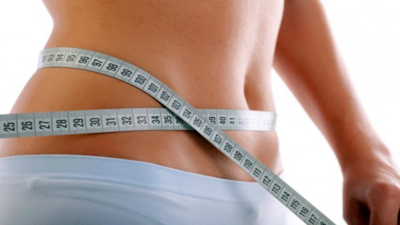 Voici comment consommer correctement le bicarbonate de soude afin de perdre la graisse du ventre