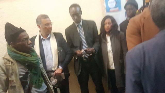 l'opposition au consulat du Sénégal à Paris
