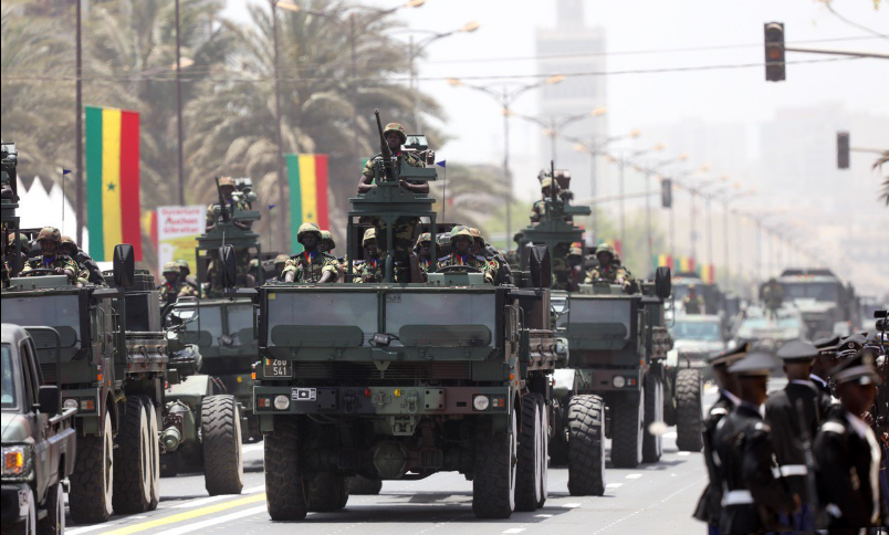 Photos-Le défilé militaire a été l'occasion de présenter les nouvelles acquisitions des Forces de défense #4Avril 🇸🇳