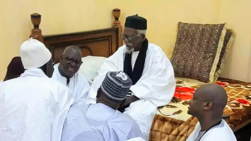Al  Amine présente ses condoléances au Khalife Général des Mourides