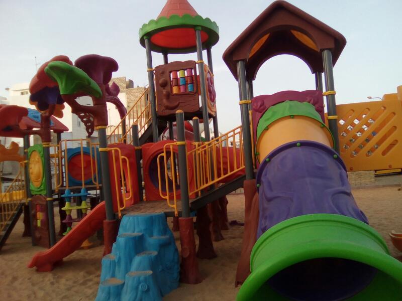 Le maire de la commune de Sicap liberté (Santhie Agne) a inauguré la place de Dream Park