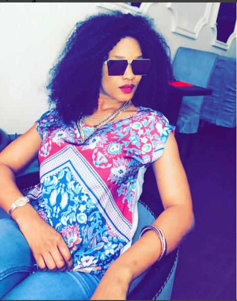 Photo-Ndeye Ndack Touré de la TFM en mode anniversaire!!!!
