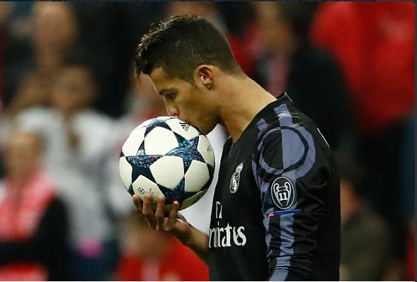 Cristiano Ronaldo a marqué 5 buts en 5 confrontations face au Bayern Munich en Ligue des Champions. Habitué.