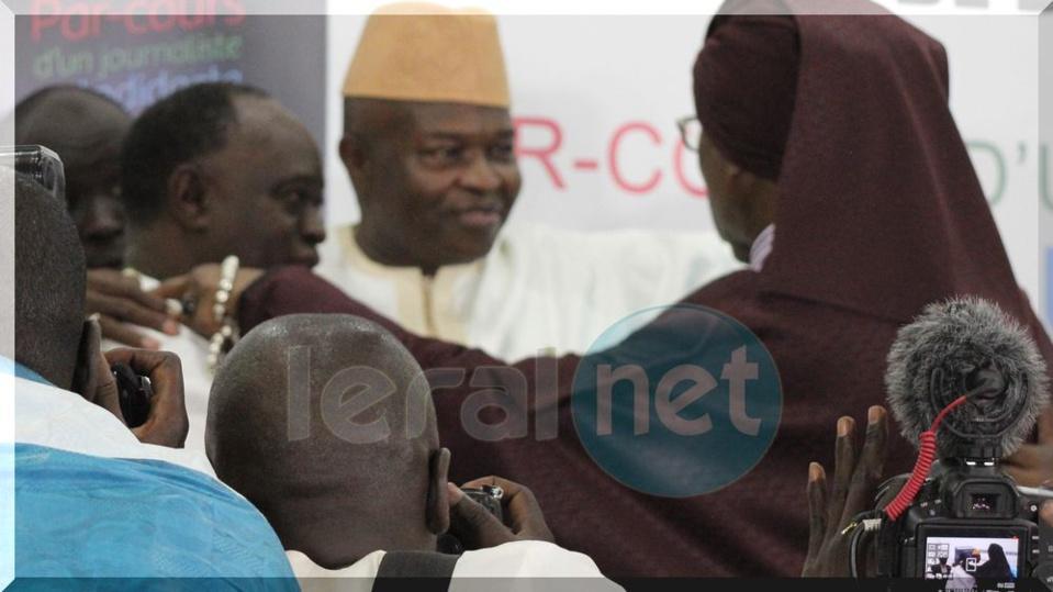 Photo La paix des braves entre Serigne Modou Kara et Me El Hadji Diouf