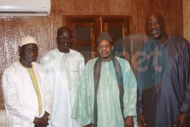 Une délégation des proches du Maire de Dakar s'est rendue à la cité El hadji Oumar Tall à Ouakam