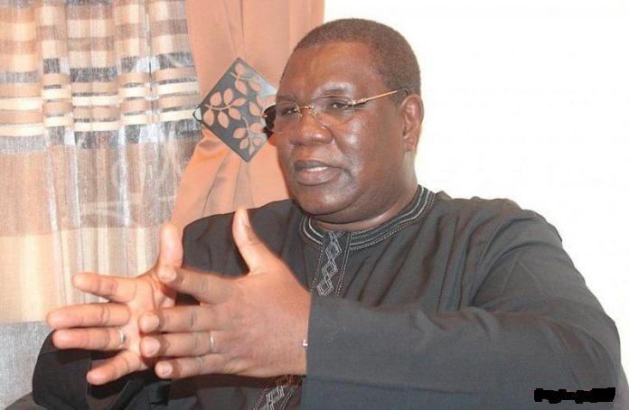 Me Ousmane Ngom clashe l'opposition sénégalaise : « C'est désespérant que l'opposition s'agrippe sur Me Wade… »