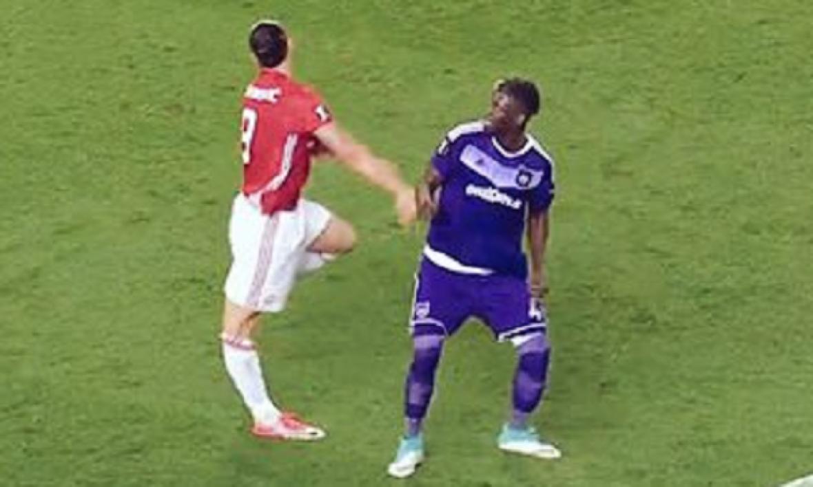 L'inquiétante blessure d'Ibrahimovic face à Anderlecht