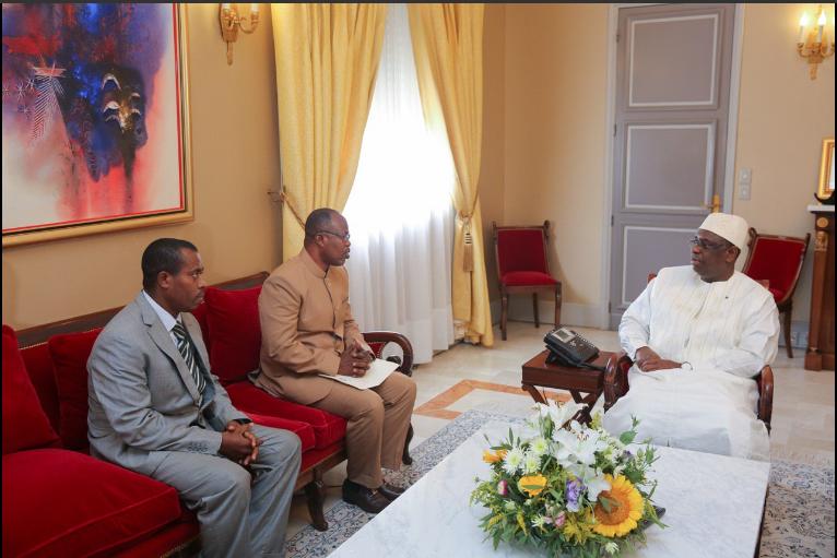 Le PR Macky Sall a reçu le vice-Ministre des Affaires étrangères du Ghana, porteur d'un message du Président Nana Akufo-Addo.