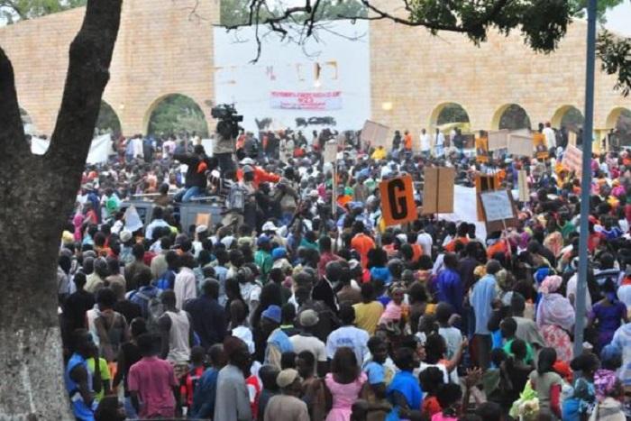 Thiès: Les jeunes de Manko Wattu ont marché