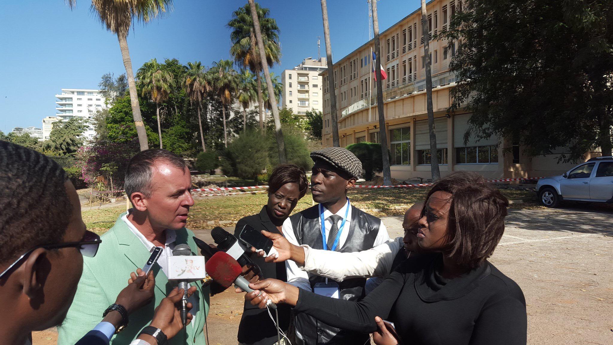 Interview du Consul Général de France, Olivier Serot-Almeras, à la presse sénégalaise