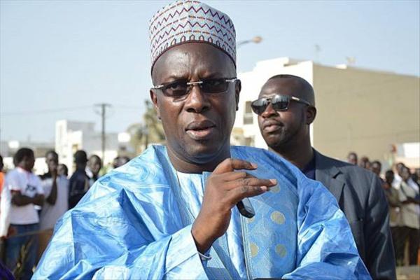 Souleymane Ndéné Ndiaye quitte la défense du maire de Dakar