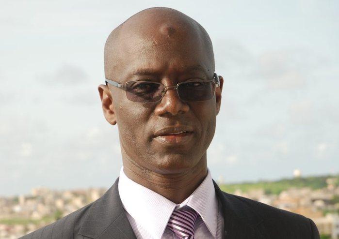 Relations heurtées, franc-parler, détachement des jouissances terrestres….Thierno Alassane Sall raconté en mille et une anecdotes