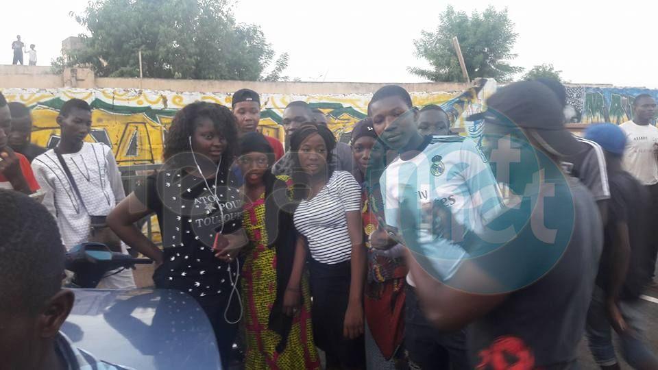 Ambiance arrivée d'Abiba à Bamako ce vendredi 05 mai 2017....