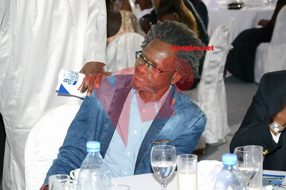 Photos: Pape Samba Kane (PSK) avec sa coiffure Afro à la Convention des jeunes reporters