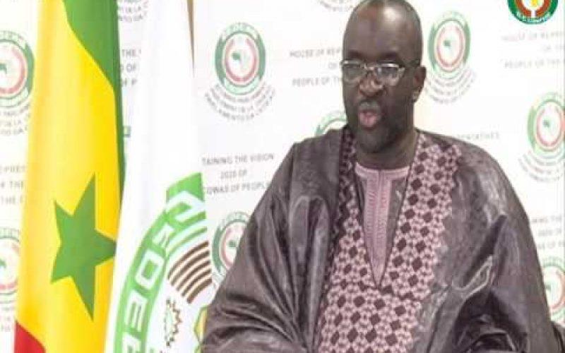 CEDEAO : Le président Moustapha Cissé Lo félicite le Président Buhari pour la libération des 82 lycéennes de Chibok
