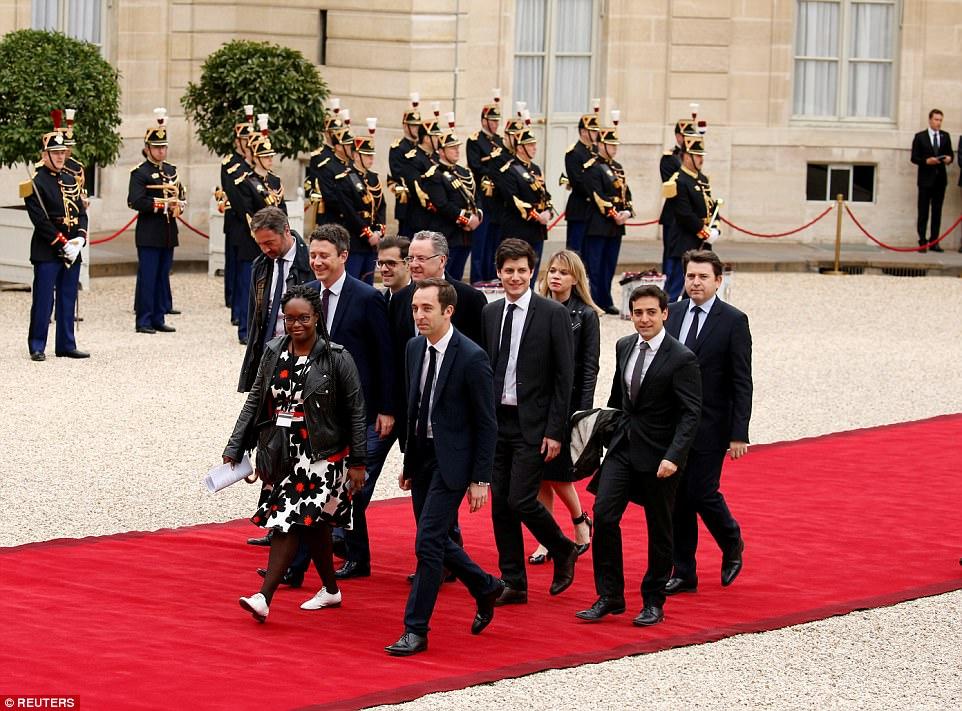 Photos : Sibeth Ndiaye, la Sénégalaise décontractée à l'investiture de Macron