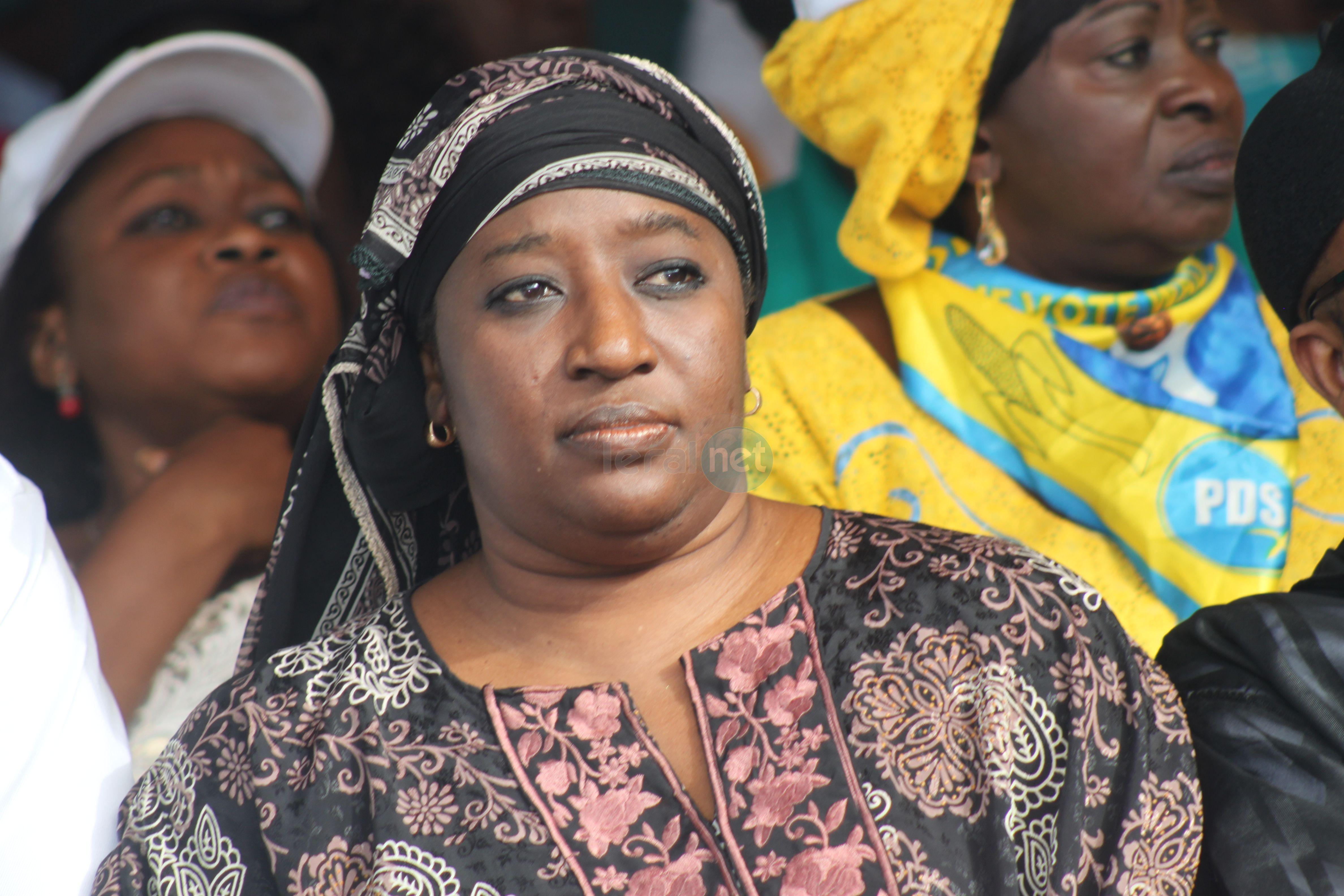 L'ancienne ministre Aminata Lo à la marche de l'opposition Manko Taxawou Sénégal