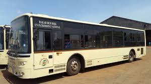 Dakar Dem Dikk: Les travailleurs furieux contre l'utilisation politique des bus
