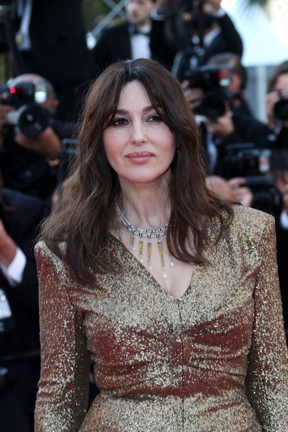 Monica Bellucci (robe Chanel et bijoux Cartier) - Montée des marches du 70ème Anniversaire du Festival de Cannes. Le 23 mai 2017. © Borde-Jacovides-Moreau/Bestimage