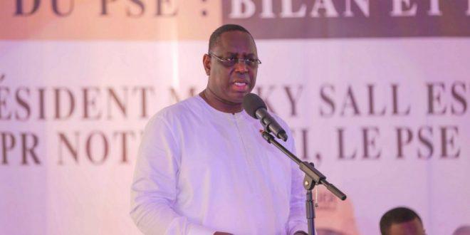 """Macky Sall en colère contre les responsables de son parti: """"Vos comportement agacent les Sénégalais... Cela va cesser """""""