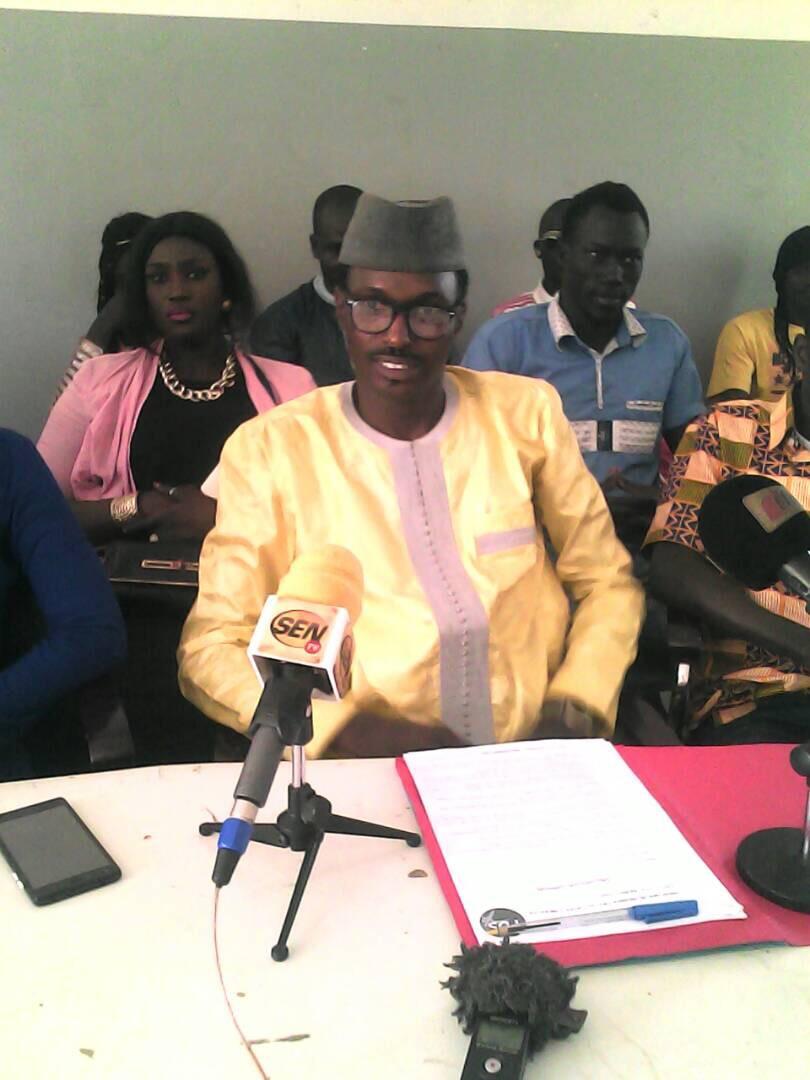 Point de Presse de l' UJTL / Sébikotane; les jeunes libéraux réclament le départ du maire Abdoulaye Lô.