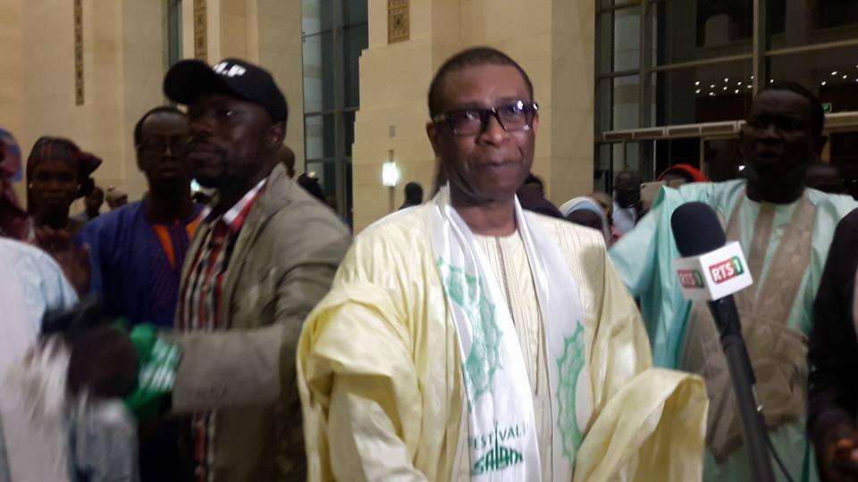 Youssou Ndour très élégant à la cérémonie d'ouverture du festival Salam édition 2017