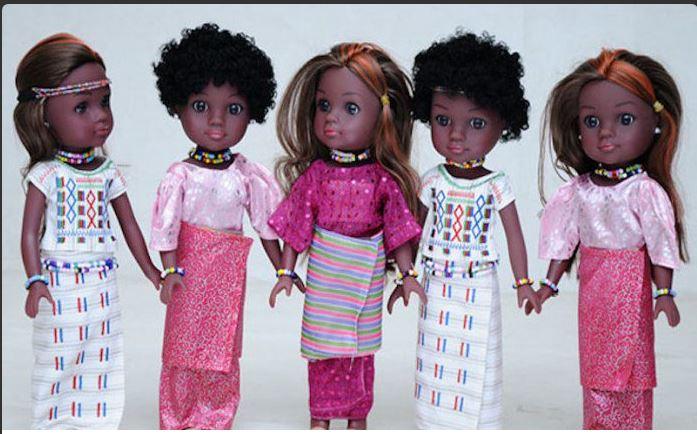 Des poupées à l'Africaine