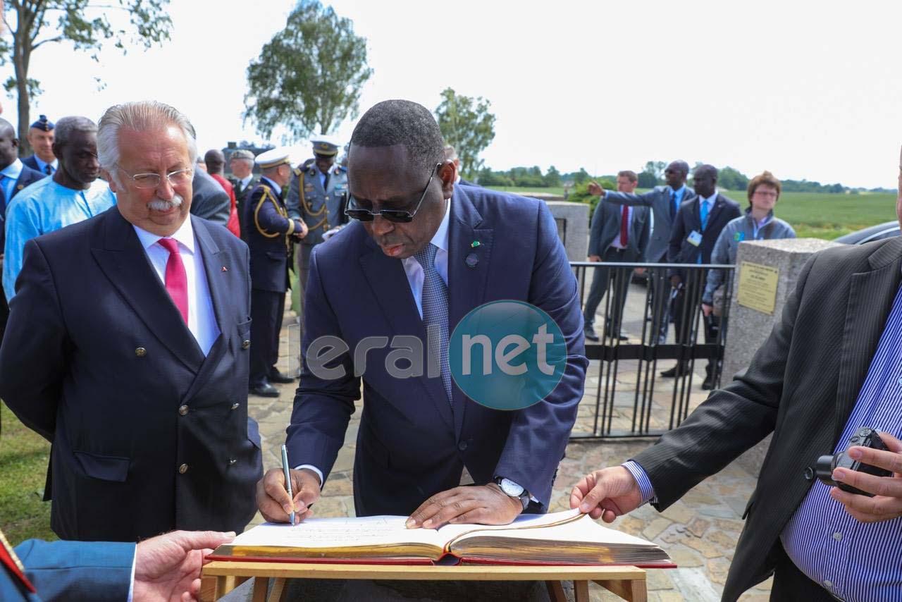 Photos : Le président Macky Sall a pris part à la commémoration à la mémoire des tirailleurs sénégalais à Chastre