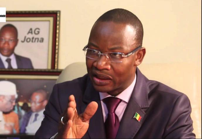 Grogne autour des investitures : Me Moussa Diop se démarque et défend Macky Sall