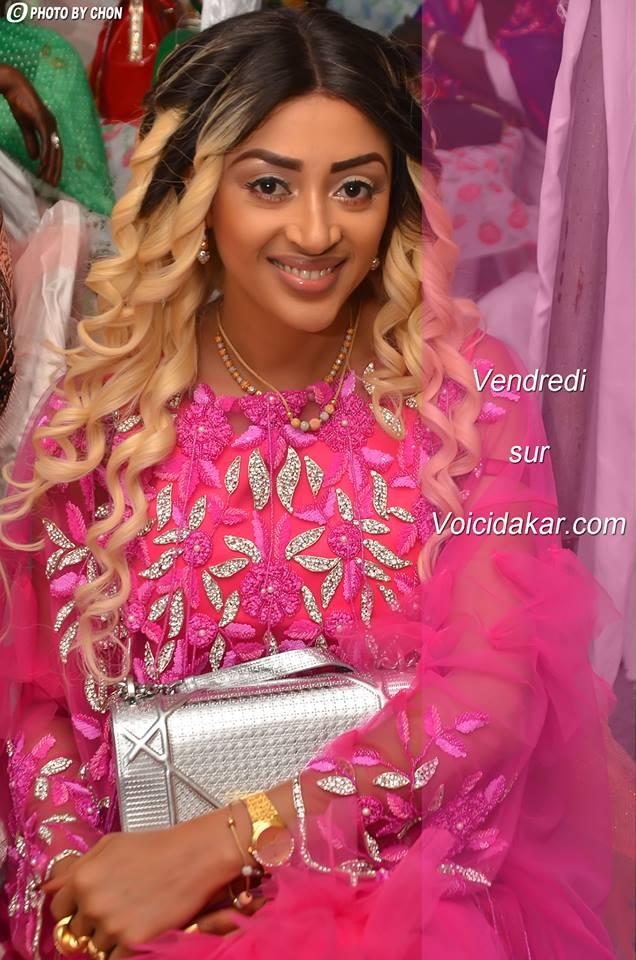 """(Photos et Vidéo) Sokhna Aidara la femme de Wally Seck en mode """"Sagnsé Sénégalaise""""...Appréciez"""