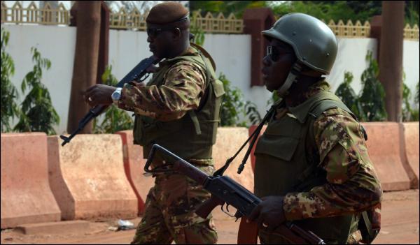 Mali: 2 morts dans une attaque contre des Occidentaux