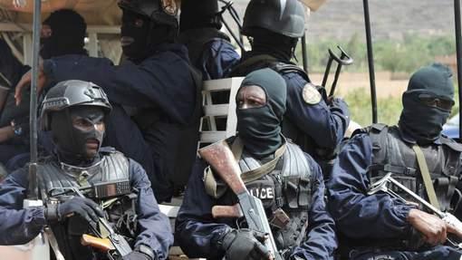 Attentat à Bamako: cinq suspects arrêtés, quatre assaillants tués