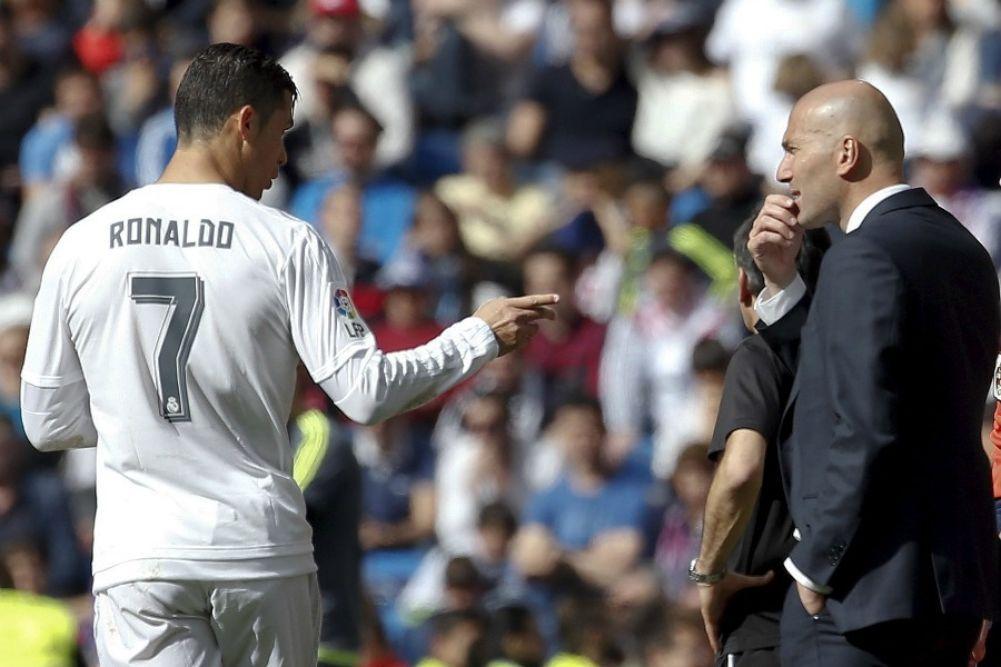 """Ronaldo répond à Zidane: """"Je m'en vais car on me traite comme un délinquant"""""""