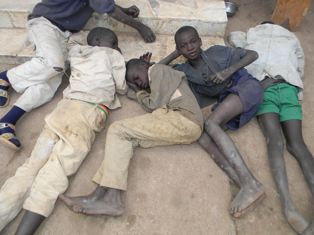 Macky Sall demande la poursuite des actions concertées visant le retrait intégral des « enfants de la rue »