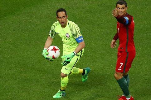 Coupe des Confédérations 2017: Le portier Chilien Claudio Bravo envoie le Portugal de Cristiano au purgatoire