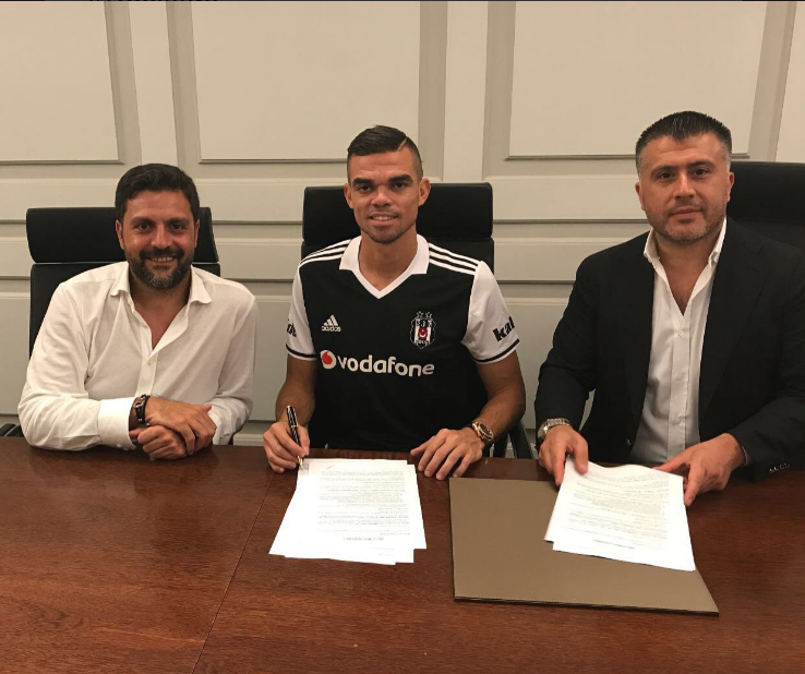 Mercato: Pepe s'engage avec Besiktas malgré l'intérêt du PSG