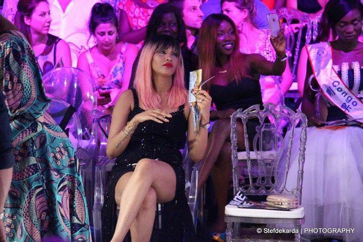 ( 04 Photos) : Regardez la fente très osée de Adja Diallo, qui risque de … au Dakar Fashion week 2017