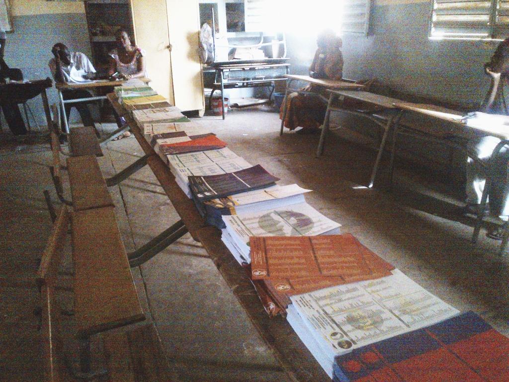 Ousmane Kébé, douanier à la retraite: «  47 listes et 300 partis politiques, c'est inadmissible ! »