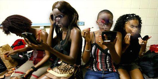 Au Bénin, la prostitution via les réseaux sociaux, gagne du terrain chez les jeunes