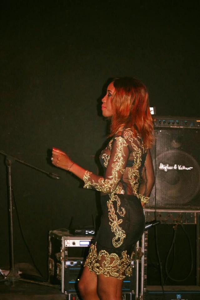Photos: Queen Biz, étincelante au Just 4U