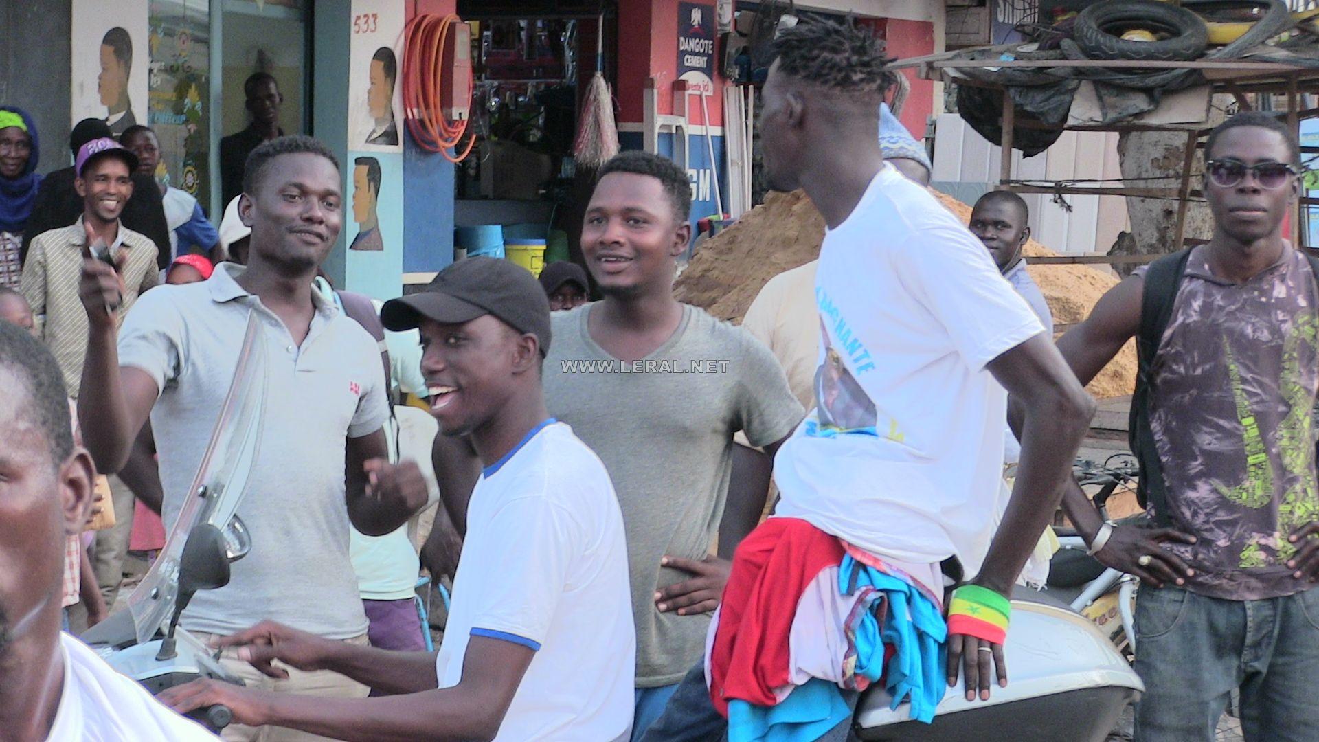 Me Abdoulaye Wade à DAKAR : Les images exclusives de son arrivée