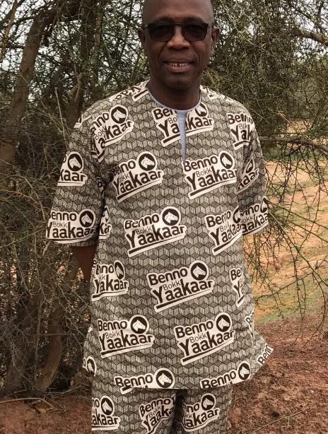 Photo: El Hadj Hamidou Kassé en mode campagne