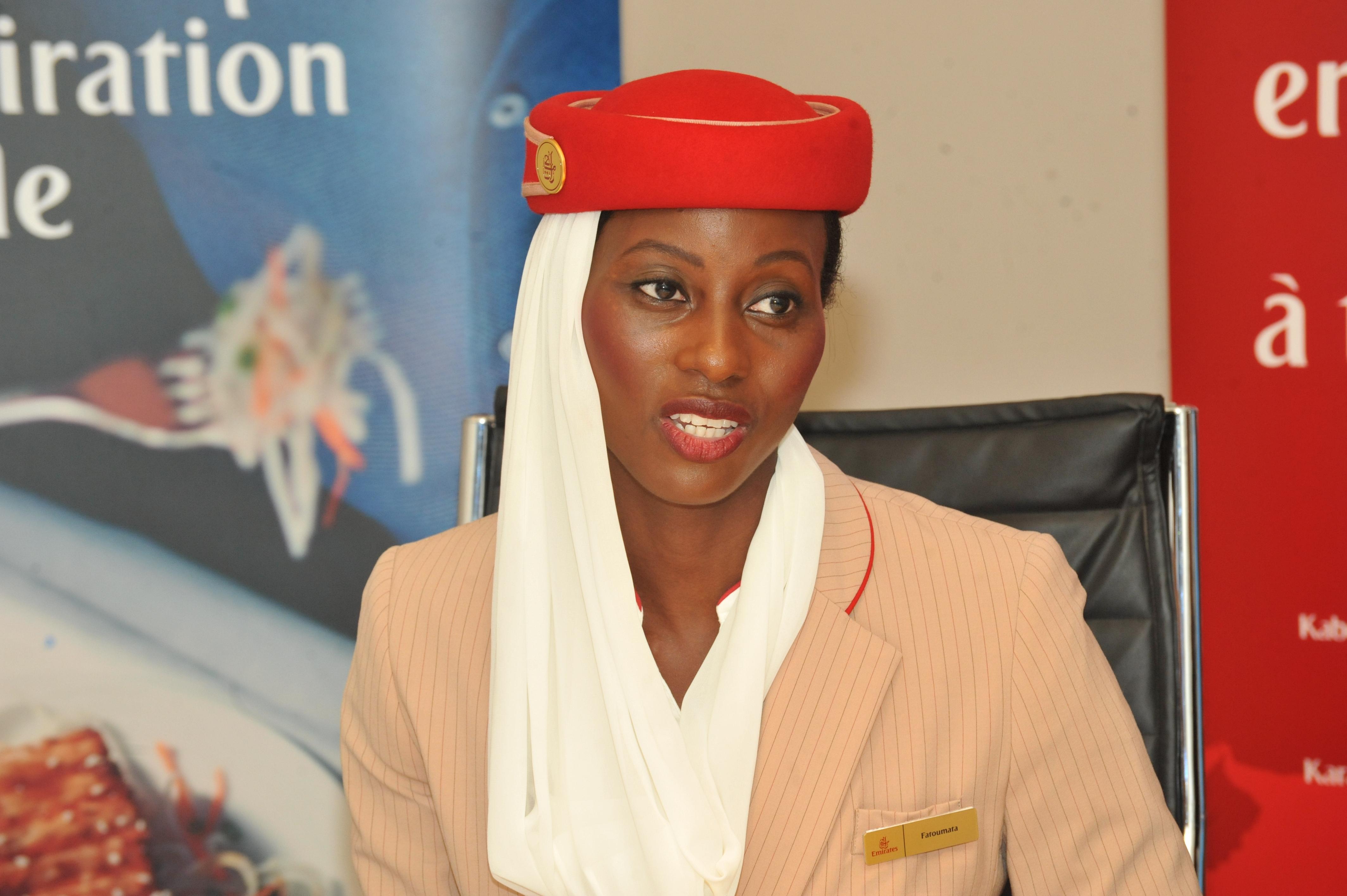 Fatoumata Sow, hôtesse de l'air à Fly Emirates, nous dévoile son quotidien (photos)