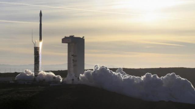Etats-Unis : la Chambre des représentants vote la création d'une armée de l'espace