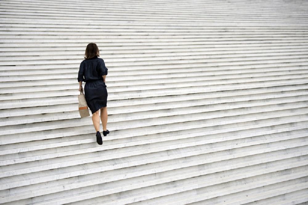Troc d'une vie conjugale contre l'autonomie financière: Le célibat des femmes-cadres, s'éternise